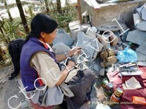 каменные резные таблички молитвы, макдеод ганж, Индия