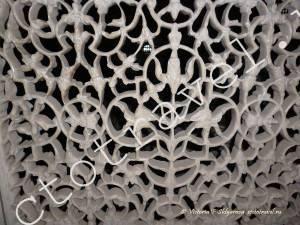 мраморный кружевной декор внутри Тадж Махал, Агра, Индия