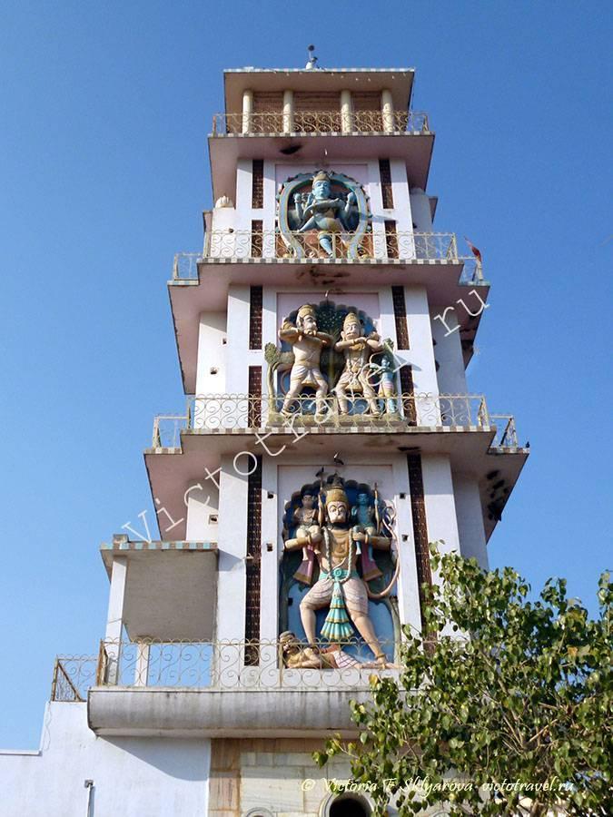 один из темплов в г. Пушкар, Индия