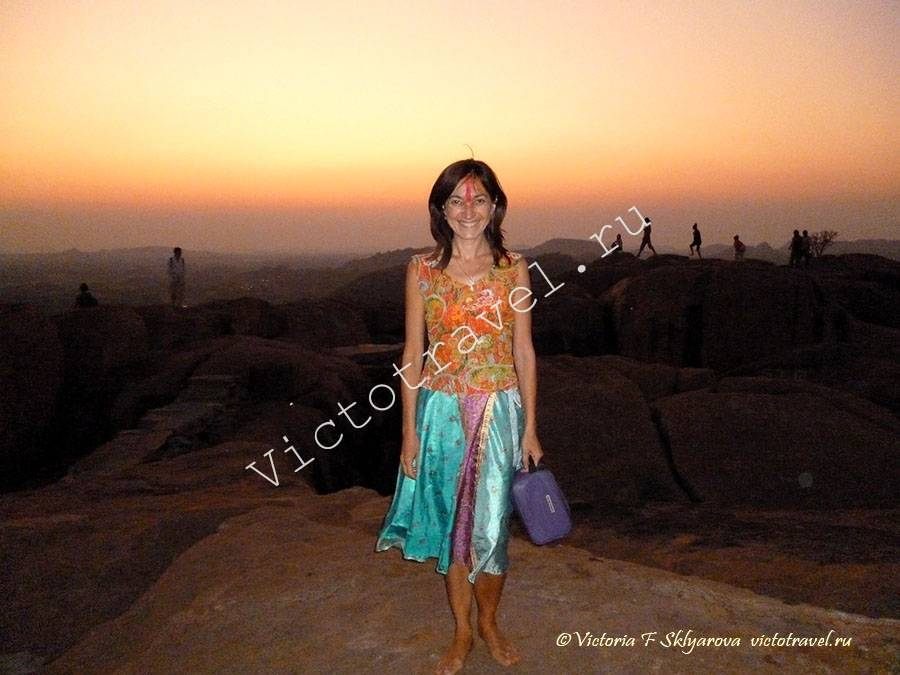закат с горы Аджеянадри и Храма обезьян, Хампи, Индия