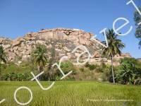 вид на гору и Хануман темпл, Хампи, Индия