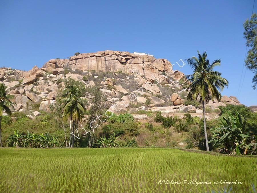 храм Ханумана на горе Андженаядри, Хампи