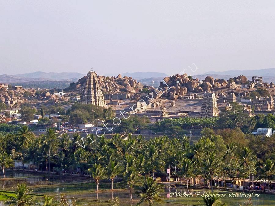 храмы Хампи, древние памятники, развалины древнего города, Индия