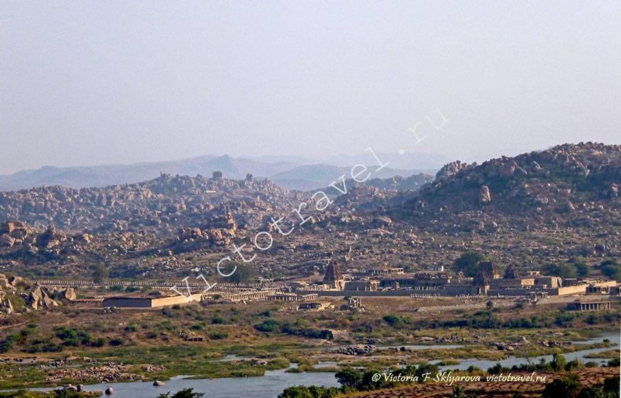руины и храмы древней империи, Хампи, Индия