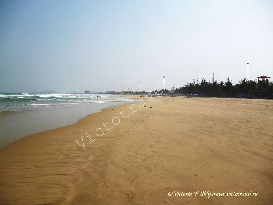 море, пляж в Дананге, Вьетнам