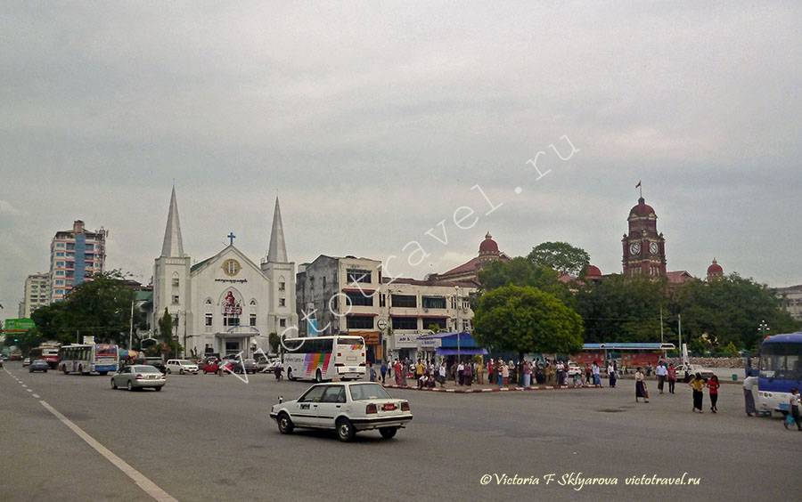 Баптистская церковь, улица, Янгон, Мьянма