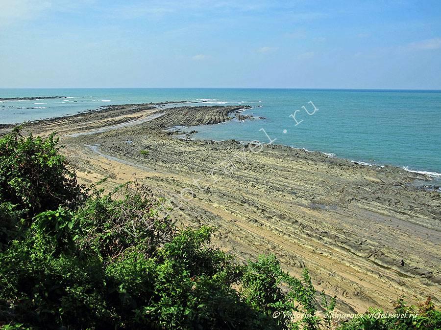 отлив, море на острове Покала, Мьянма