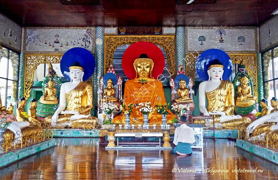 статуи Будды в Шведагон Пагода, Янгон, Мьянма