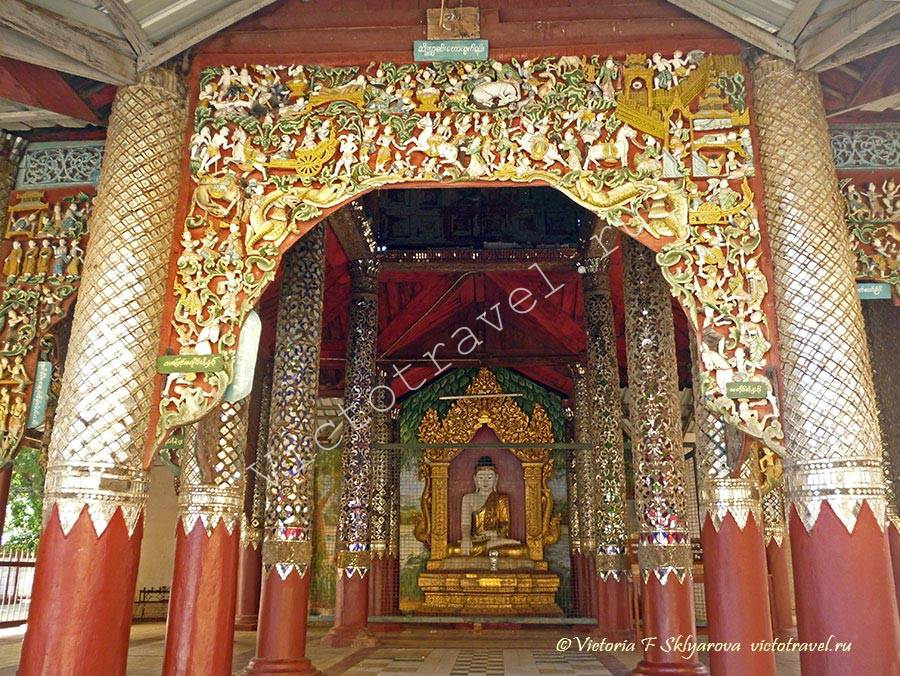 Статуя Будды, отделка резьбой в Швезигон Пагоде, Баган, Мьянма