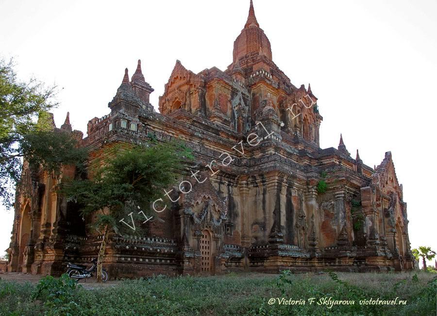 древний храм Лавкачатар, Баган Мьянма