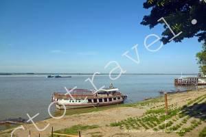 порт на реке Иравади, Баган, Мьянма