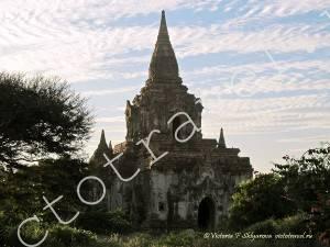 заброшенный древний храм, Баган, Мьянма