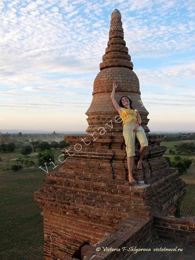 закат на верхушке храма-Bagan243