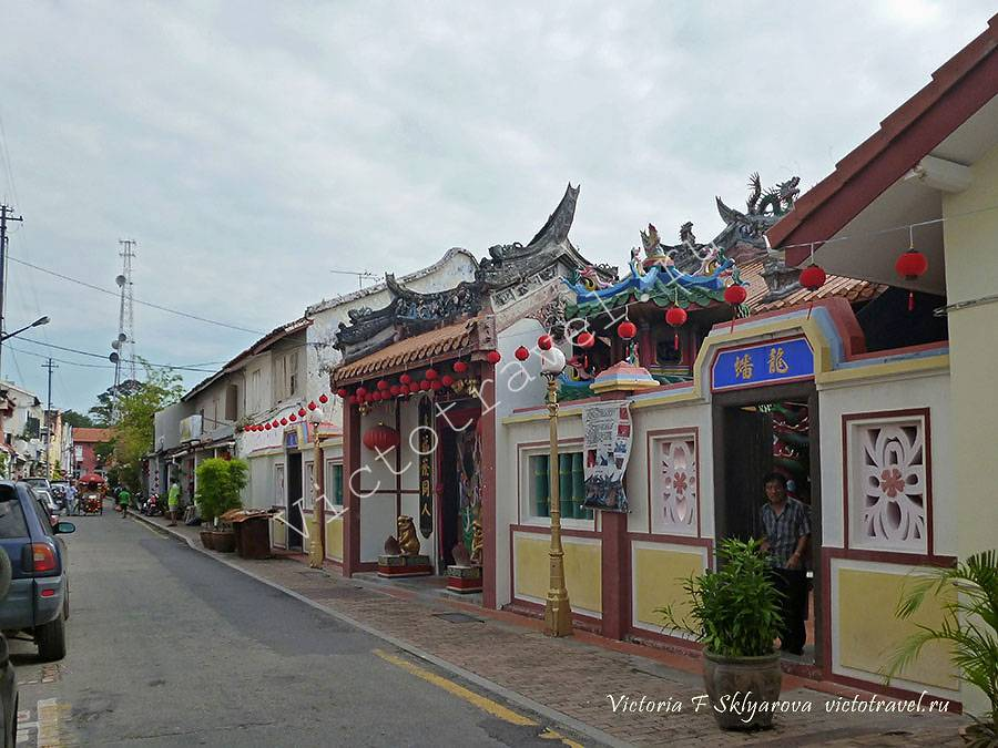 маленький храм в китайском квартале, Малакка, Малайзия