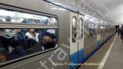 метро, поезд, стихи