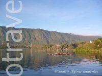 Озеро Тоба и Тук-тук,  Суматра, Индонезия