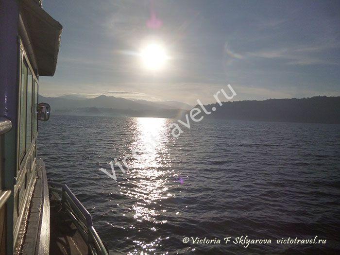 Toba-lake136