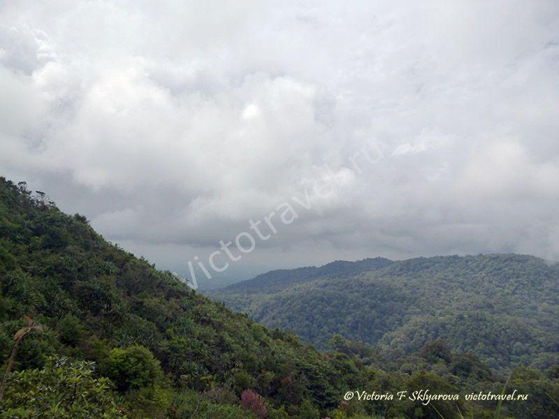 красивые виды у вулкана Сибаяк, Берастаги, Суматра, Индонезия