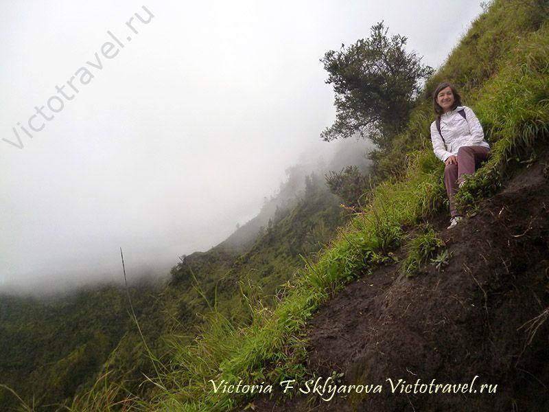 встречаю рассвет на горе, вулкан Бромо, остров Ява, Индонезия