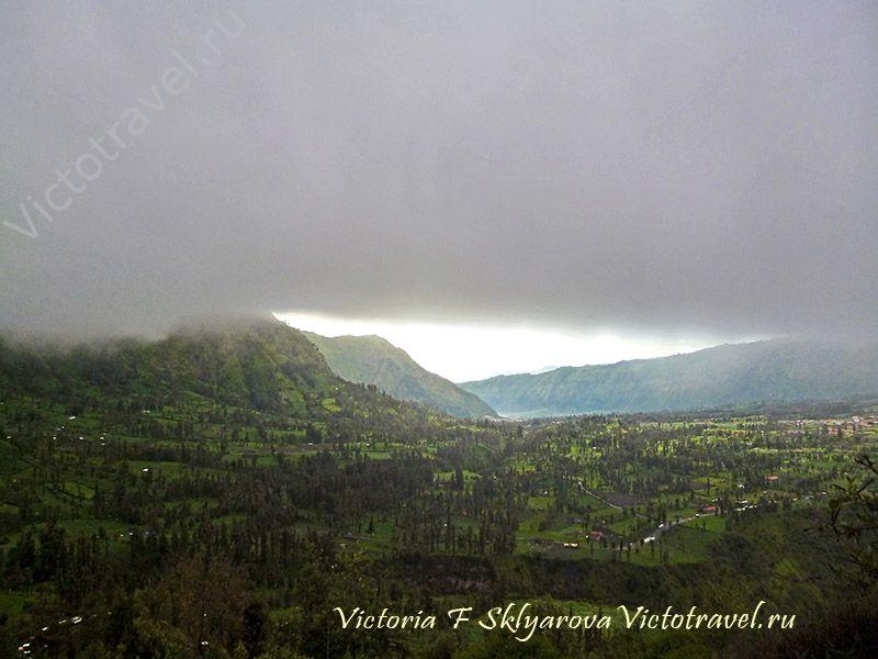встречаю рассвет на горе, туча, пейзаж, Бромо, остров Ява, Индонезия