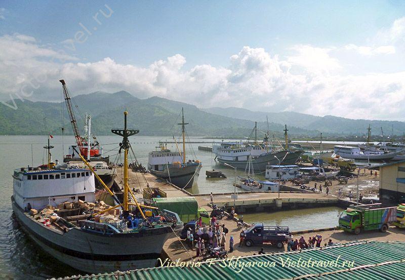 Порт Бима, остров Сумбава, Индонезия