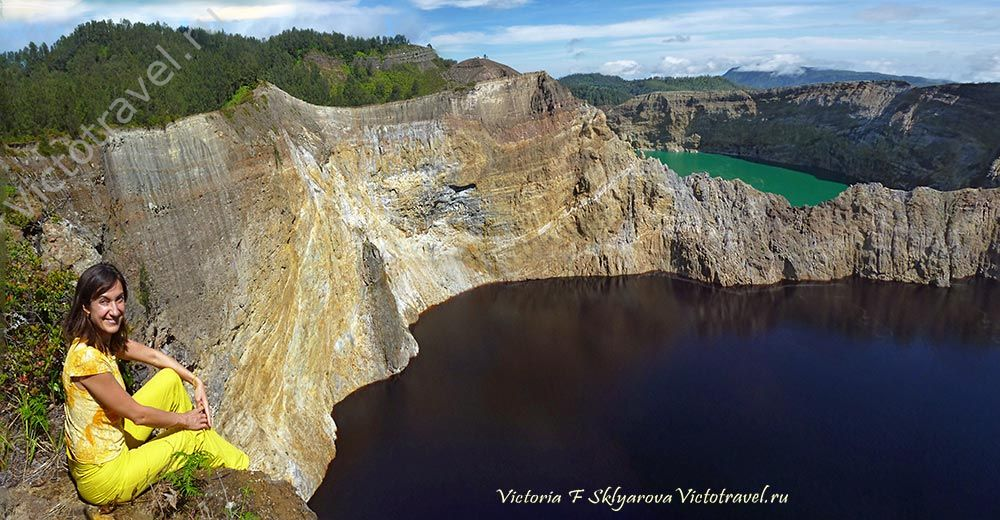 Цветное озеро вулкана Келимуту,