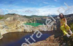 кратерные озера вулкана Келимуту в Индонезии